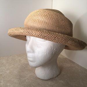 Ann Taylor straw woven summer hat NWT